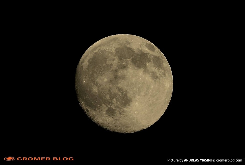Cromer equinox moon picture by Andreas Yiasimi